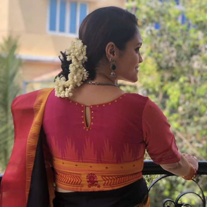 WOMEN  SAREES AND KANJIVARAM