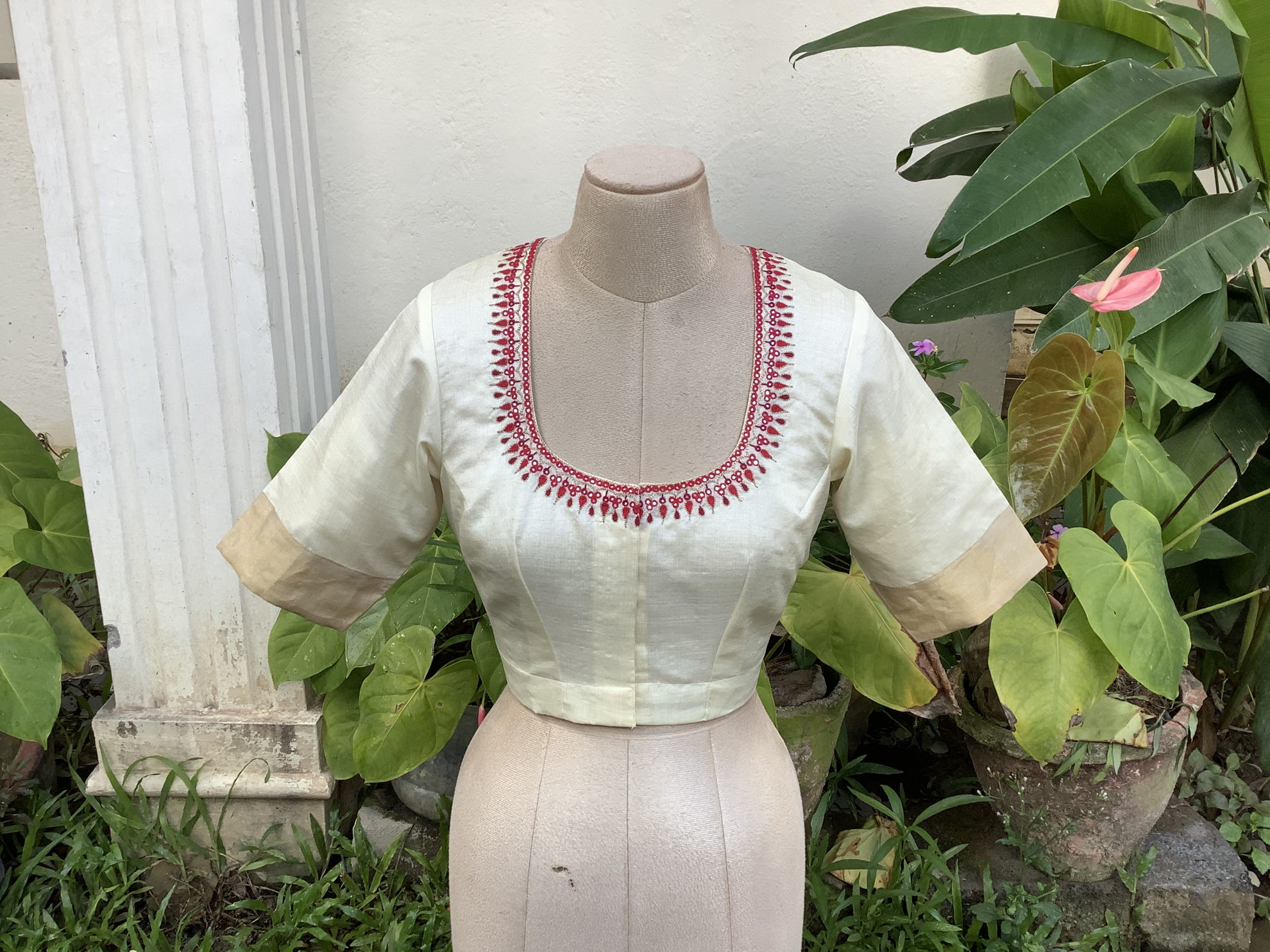TUSSAR IN IVORY