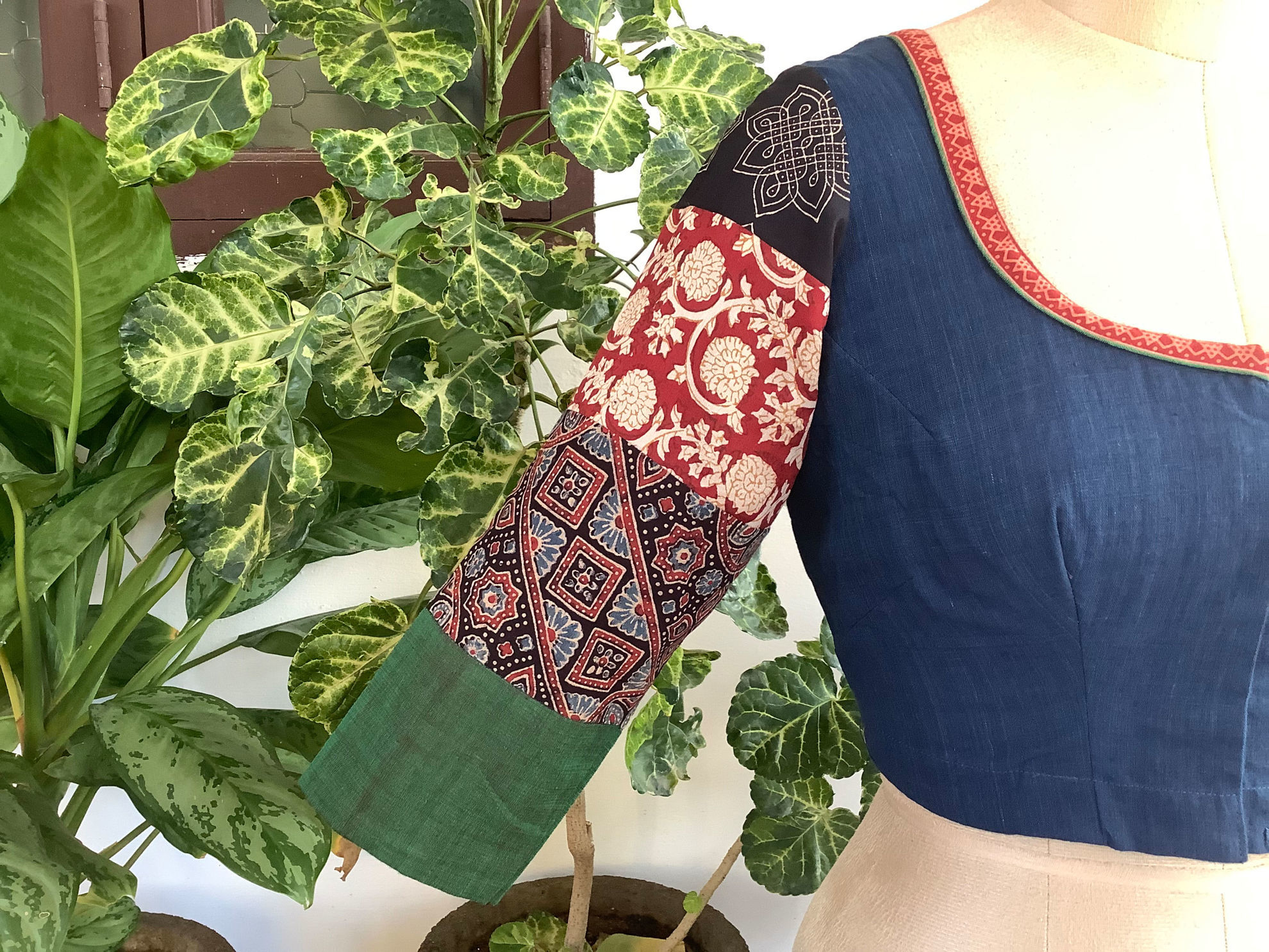 PATCH ON SLEEVES (2)